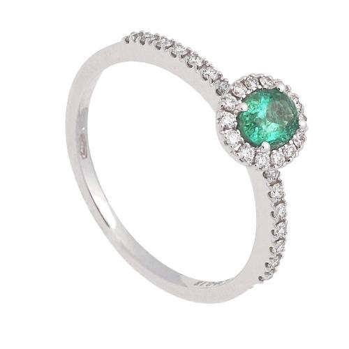 Sortija de oro blanco esmeralda y diamantes  - 1